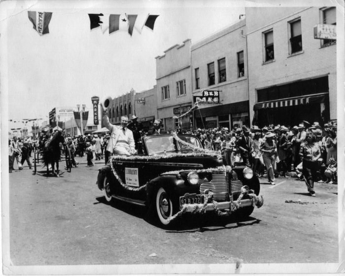 Huntington Beach 4th of July celebration in 1942