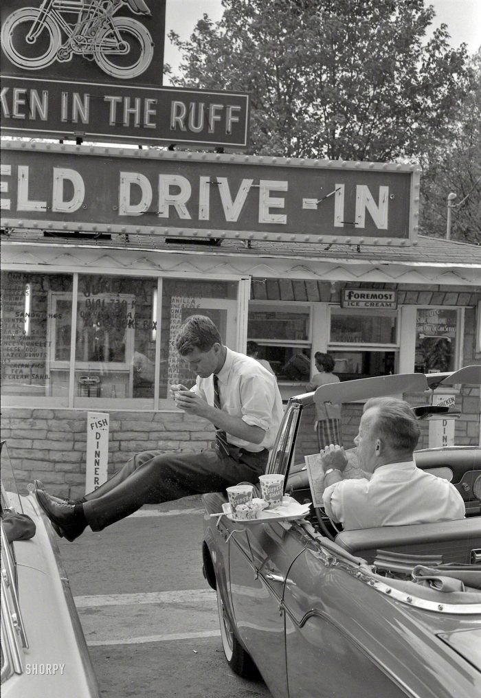 Drive In, 1960